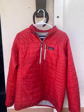 Photo Womens Patagonia Nano Puff Jacket (Large) - $85 (Santa Barbara)