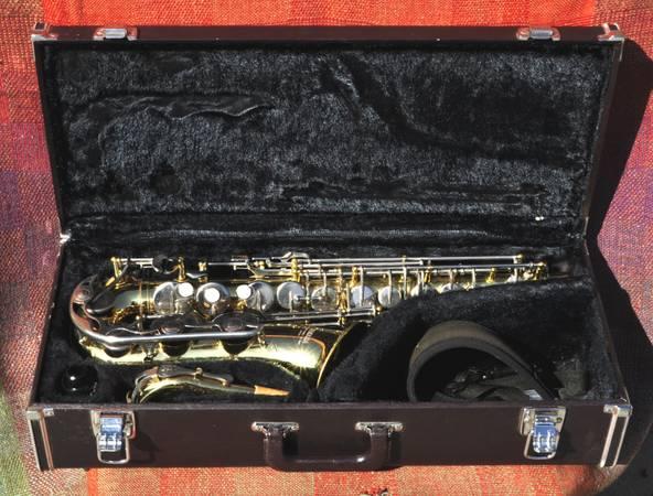 Photo Yamaha YAS-23 Alto Saxophone Pro Serviced - $425 (santa barbara)