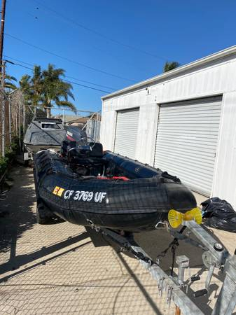 Photo Zodiac Milpro inflatable 1539 1995 military boat 2001 yamaha 60