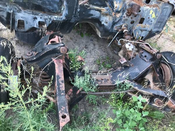 Photo 1966 Chevy Chevrolet Impala frame complete - $600