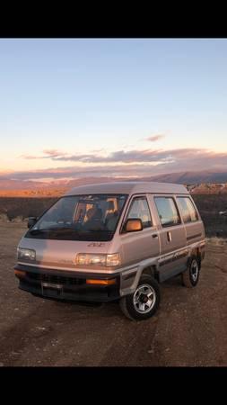 Photo 1989 Toyota 4WD TurboDiesel LiteAceTownAce vanwagon - $15,000 (El Prado)