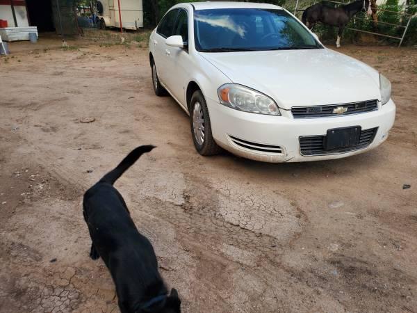 Photo 2008 chevy impala - $2800