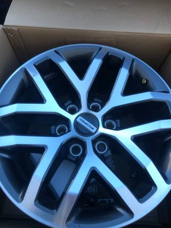 2018 Ford Raptor Rims - $1,000 (Santa Fe)