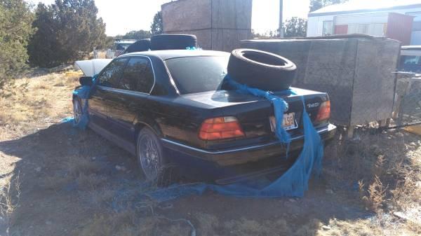 Photo 2 BMW 1 740iL. 1- 740i For Parts only no titles - $1,000 (Santa Fe - cerrillos)