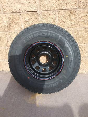 31x10.50R15LT Wheel and Tire for a 1988 F-150 - $200 (Santa Fe)