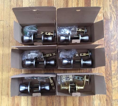 Photo 6 interior door knob sets - $60 (Santa Fe)