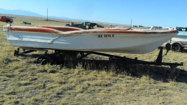 Photo Antique Boat wBat Mobile like Fins (Fire Flite) - $2,400 (Yoder, Colorado)
