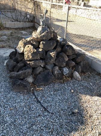 Photo Black rock- flat faced - $150 (Espanola)