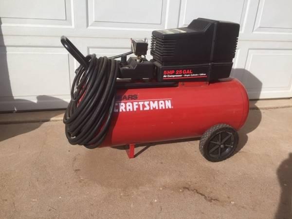 Photo Craftsman 25 gallon compressor - $200 (Las Vegas)