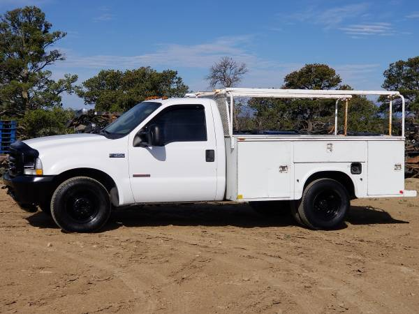 Photo Diesel Ford Super Duty F350 service truck - $6,600