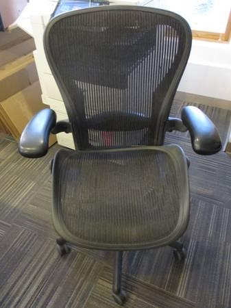 Herman Miller Aeron Office Chair Used Needs Seat - $100 (Santa fe, NM)