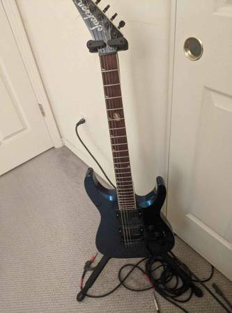 Photo Jackson Guitar with case