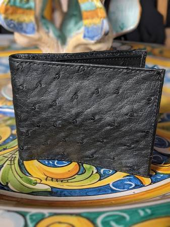 Photo LUCCHESE Black Ostrich Wallet Bifold Never Used - $175 (Santa Fe)