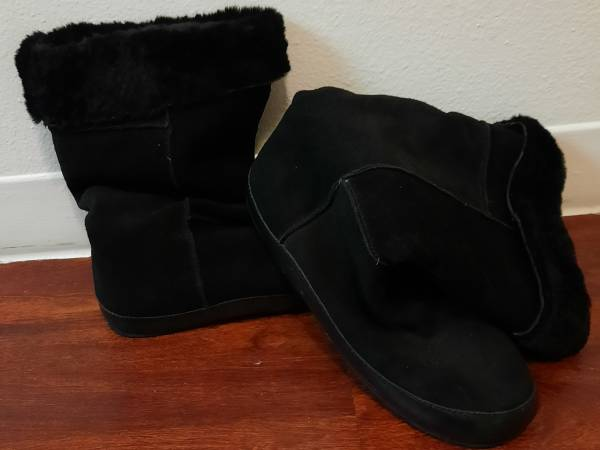 Photo Never Worn Eddie Bauer Suede and Shearling Lined Mid Calf winter boots - $45 (Santa Fe)
