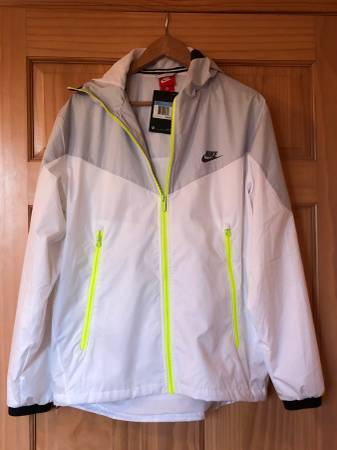 Photo New Nike Sportswear Windrunner Men39s Jacket White 917809 043 Size M - $50 (Santa Fe)