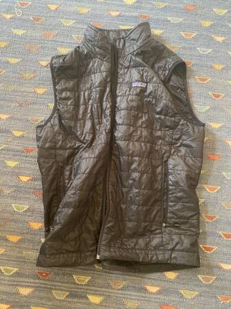 Photo Patagonia nano puff vest - $70 (Arroyo Hondo)
