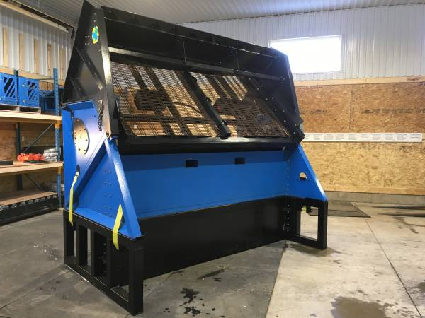 Photo Rent To Own Portable Vibratory Topsoil, Gravel, Compost Screener - $359 (Santa Fe NM)