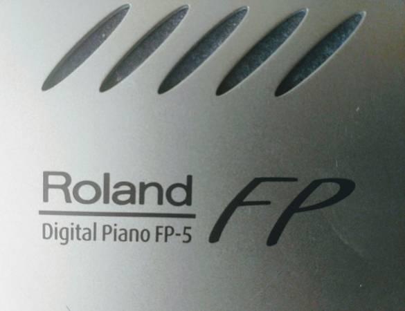 Photo Roland FP-5 Digital Piano - $595 (Santa Fe)