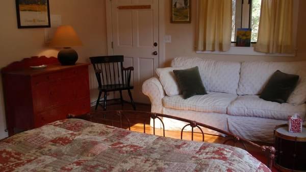 Photo Shabby Chic White Slipcovered Sleeper Sofa (Queen) - $300 (Santa Fe, NM)
