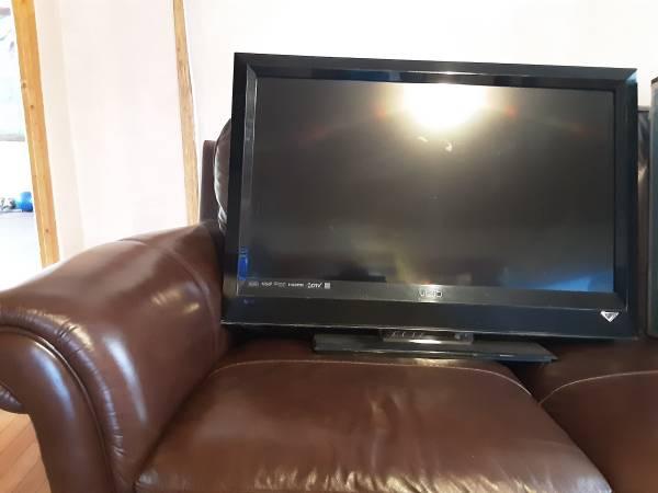 Photo Vizio 32 inch tv - $50 (Ranchos de Taos)