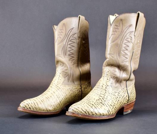 Photo Western Men39s Brown Cowboy Boots Size 11 - $50 (Santa fe)