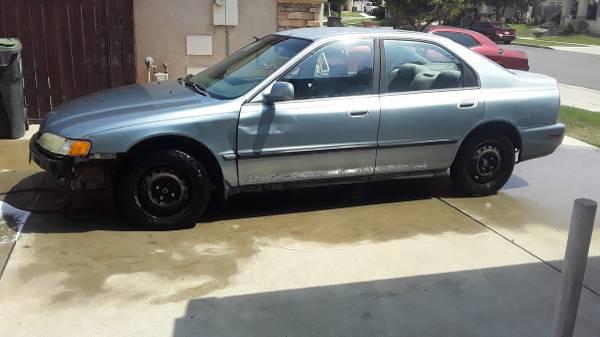 Photo 1996 Honda Accord - $1,000 (Santa Maria)