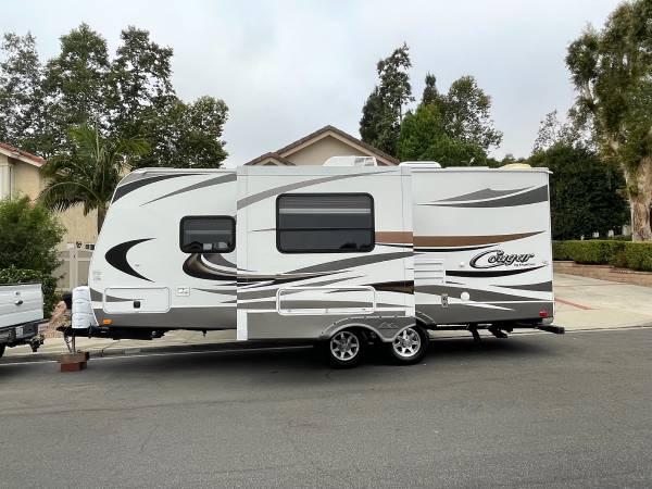 Photo 2014 2539 Keystone Cougar - $28,000 (Camarillo)