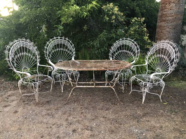 Photo Antique Bent Wire Wrought Iron Vintage Peacock Fan Patio Table 4 Chair - $2,280 (Pismo Shell Beach)