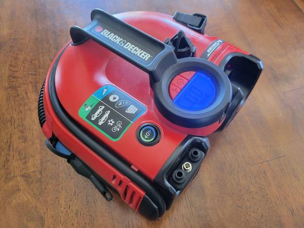 Photo Black and Decker cordless inflator - $20 (5 Cities)