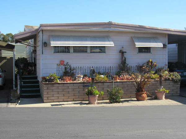 Photo Bring Offers Great Mobile Home in 55 Community (Santa Maria)