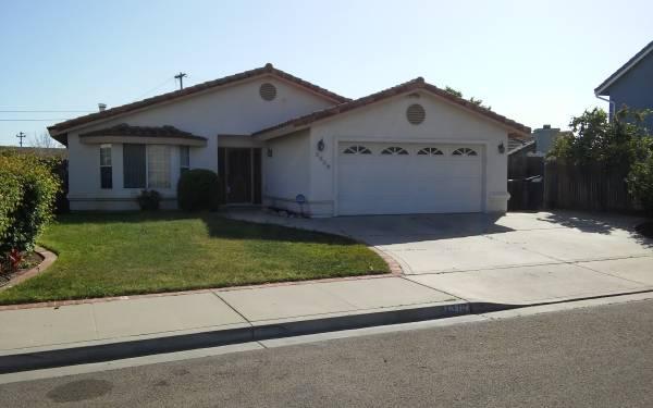 Photo Custom 3 Bd 2ba Home at River Oaks Community (NE Santa Maria River oaks area)