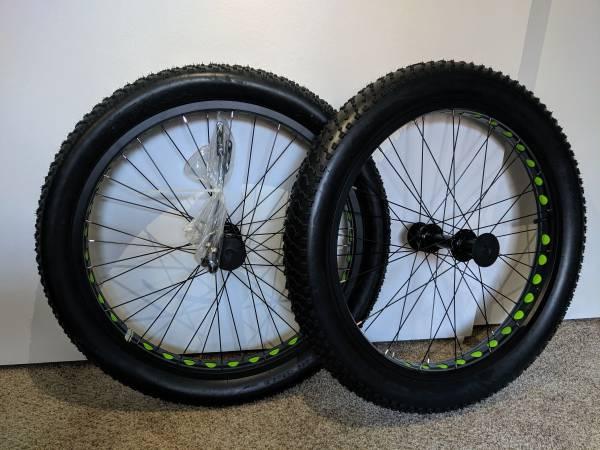 Photo Fat tire Wheelset - $400 (Santa Maria)