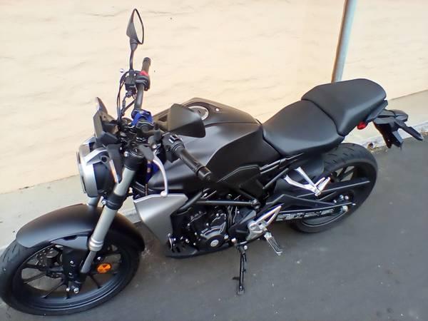 Photo Honda CBR 2019 - $4,534 (Santa maria)