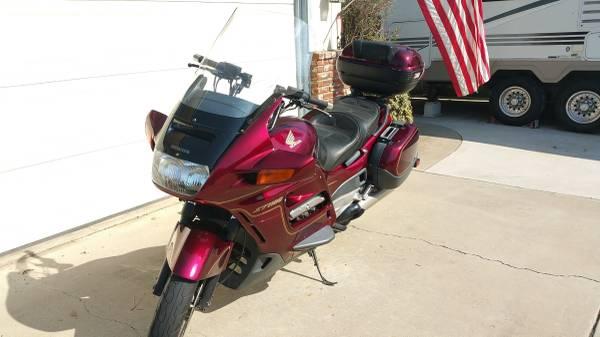 Photo Honda ST 1100 - $2,900 (Santa Maria)