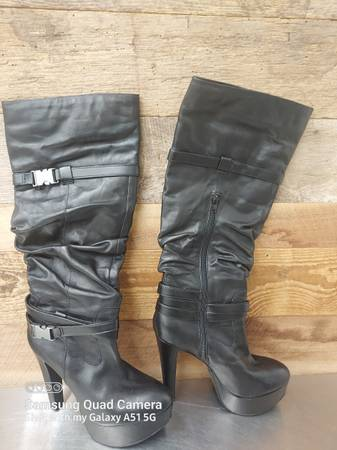 Photo Jessica Simpson size 8 12 boots - $28 (Lompoc)