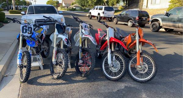 Photo Ktm Honda Yamaha - $1,234 (Santa maria)