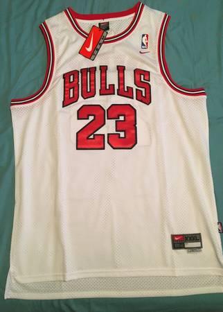 Photo Michael Jordan Bulls Jersey XXXL - $80 (Santa Maria)