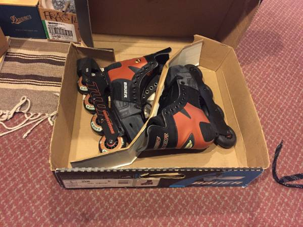 Photo New Bauer Breakout 50 Inline Roller Hockey Skates, Mens 5 - $55 (Santa Maria)