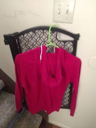 Photo Pink Nike Hoodie Small $10Blue Nike Hoodie Large $10 - $10 (Santa Maria)