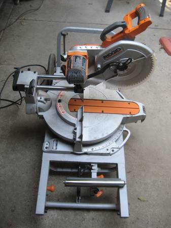 Photo RIGID Miter Saw woodworker carpenter power tool - $300 (SANTA MARIA)