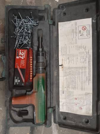 Photo Remington stud gun( concrete nailer - $100 (Lompoc)