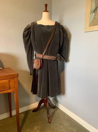 Photo Renaissance Unisex Costume - $30 (Orcutt, Santa Maria)