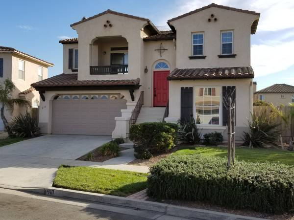 Photo Stunning Home in Pacific Crest This 5 Bedroom 2.5 Bathroom with 2 Li (Santa Maria Pacific Crest)