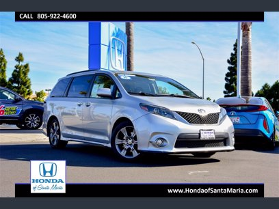 Photo Used 2015 Toyota Sienna SE w SE Preferred Package for sale