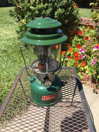 Photo Vintage Coleman Cing Lantern 220K 1981 - $35 (Santa Maria)