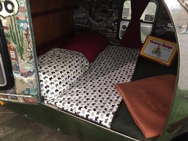 Photo Vintage Stainless Steel teardrop trailer - $9,900 (Santa Paula)