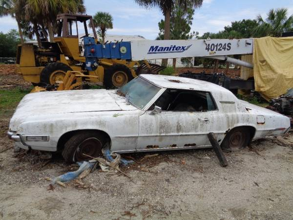 Photo 1968 1969 FORD THUNDERBIRD 2-door hardtop parts  parting out (North Port)
