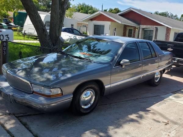 Photo 1992 Buick Roadmaster - $2,500 (Bradenton)