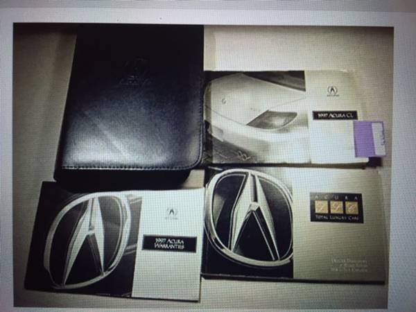 Photo 1997 Acura CL - Owners Manual Set wi Zippered Leather Case-Like New - $10 (Bradenton)