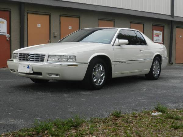 Photo 1998 Cadillac Elorado low low miles - $5500 (Bradenton)
